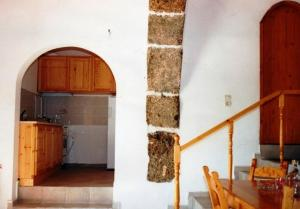 A kitchen or kitchenette at Patsianos Traditional House