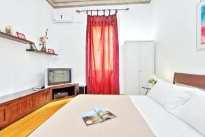 Cesare Apartment