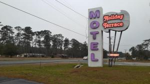 Picture of Holiday Terrace Motel