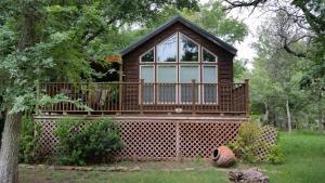 Picture of Peach Cabin