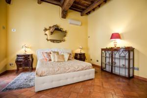 Impero Vaticano Apartment