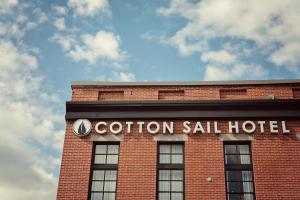 Picture of Cotton Sail Hotel Savannah Riverfront