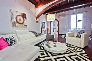 Scala Elegant Apartment