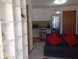 Dapur atau dapur kecil di Flat Ed Praia Dourada