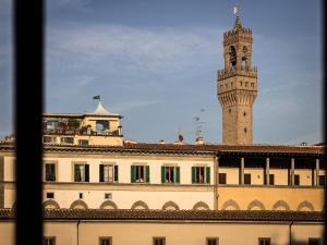 Ponte Vecchio 2 bedroom apartment
