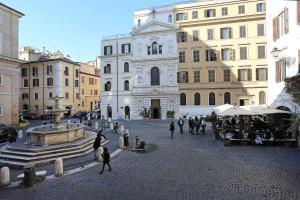 Piazzetta de' Monti Suites