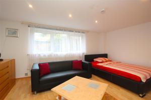 5887 Apartment Constantin