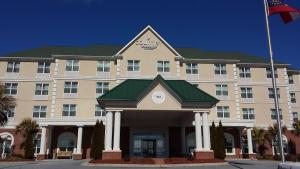Picture of Country Inn & Suites by Carlson Braselton