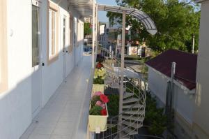 Гостевой Дом «Твой Дом» (Tvoy Dom Guest House)
