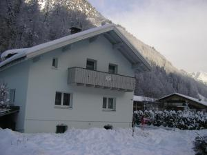Haus Can during the winter