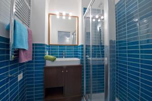 A bathroom at Appartamento Giunone