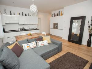 White Apartment Masna