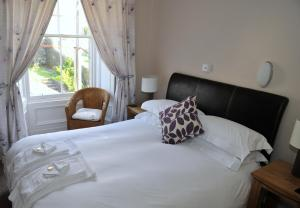 Invercloy Guest House