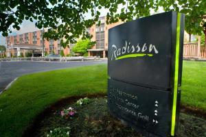 Picture of Radisson Hotel and Suites Chelmsford-Lowell