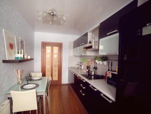 Кухня или мини-кухня в Krasnoarmeiskaya, 86B