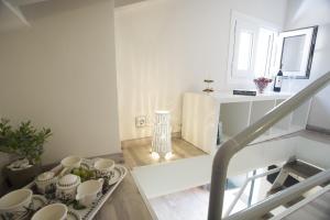 Η κουζίνα ή μικρή κουζίνα στο Corfu Town Luxury Studio -B