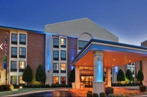 Picture of Jonesboro Inn & Suites