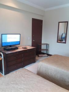 Quito Ritz Plaza Rental Suite