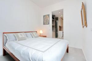 Tupini One-Bedroom Apartment