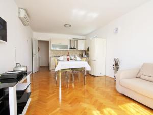 Apartment Peteh