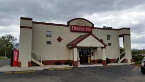 Picture of Deluxe Inn (formerly Days Inn)