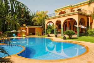 Riad Noumidya