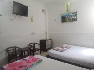Chau Tuan Motel