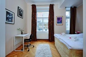 Anica Apartment