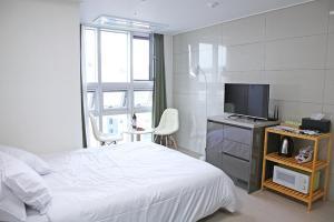 Chungmuro Studio Apartment