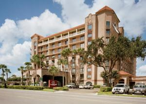 Picture of Doubletree by Hilton McAllen