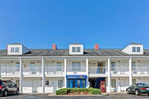 Picture of Baymont Inn & Suites - Sanford