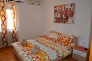 G Apartment