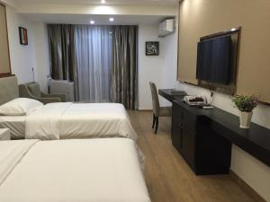 Private Enjoy Home Apartment (Foshan Lingyi Scientific Zone)