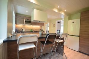 Kjøkken eller kjøkkenkrok på Villa Haudalan