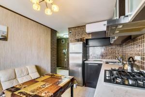 (Apartments on Evdokimova)