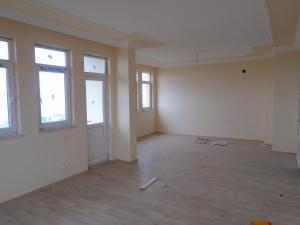 Kibar Apart House