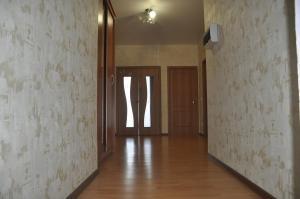 (Apartments Kubanskaia 45)