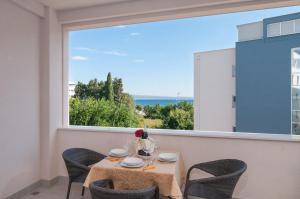 Luxury Rooms Near the Beach2