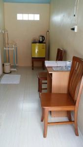 Back-Budget Hostel