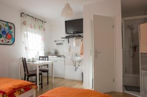 Tasca im Feui Apartments