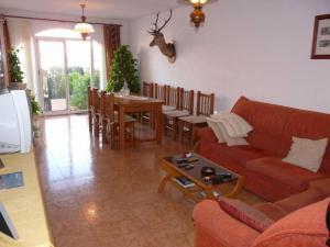 The lounge or bar area at Adosado Torrevieja Mar