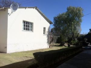 Foothills Guesthouse