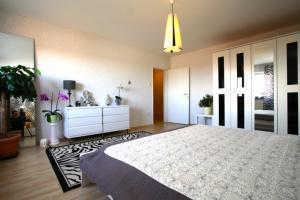 Private Apartment Friedrich-Ebert-Strasse (4287)
