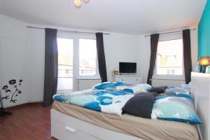 Private Apartment Stolzestrasse (6042)