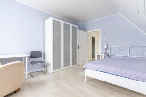 Private Apartment Elsenborner Strasse (5833)