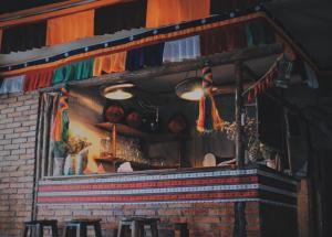 Nocturne Phoenix International Youth Hostel