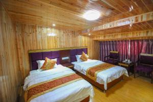 University Student International Hostel