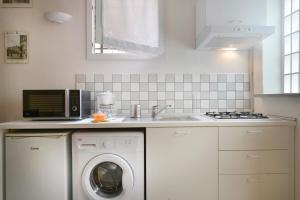 Massarenti 3 Levels Apartment