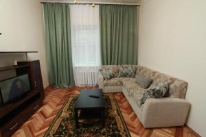 Apartments na Mayakovskogo