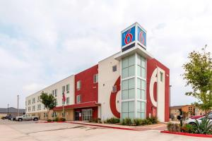 Picture of Motel 6 Laredo